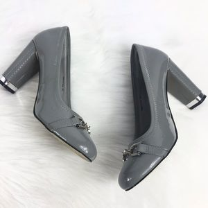 WHBM Gray Patent Leather Round Toe Block Pumps 8M